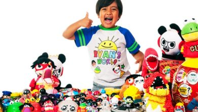 Photo of طفل في الثامنة يربح 26 مليون دولار من يوتيوب