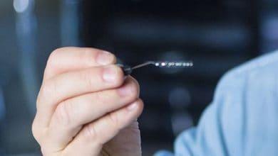 Photo of شريحة جديدة تساعد الإنسان على استخدام الكمبيوتر من خلال الدماغ