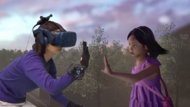 Photo of بمساعدة الواقع الافتراضي أم تقابل طفلتها بعد وفاتها