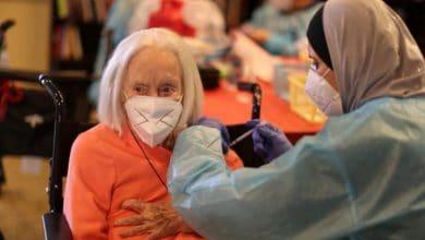 Photo of إصابات كورونا تتراجع بأمريكا