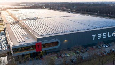 Photo of تسلا تعيد فتح مصنعها Gigafactory لإنتاج أجهزة تنفس اصطناعى